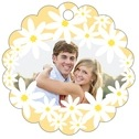 Dreaming Daisies Scallop Hang Tag In Sunburst | Taylor Street Favors
